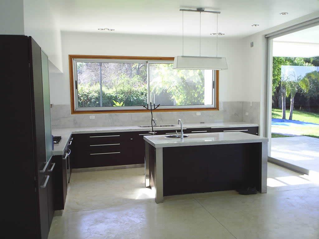 Ventanas de aluminio aberturas orlandi for Ventanas de aluminio para cocina